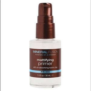 Mineral Fusion Mattifying Primer New in Box